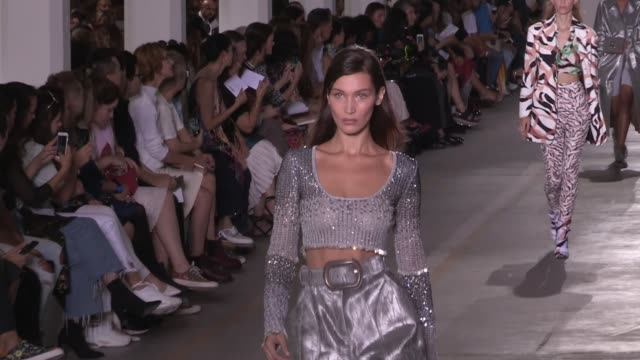 joan smalls bella hadid gigi hadid maria carla boscono and more models and designer on the runway for the roberto cavalli spring summer 2019 fashion... - joan smalls stock videos & royalty-free footage