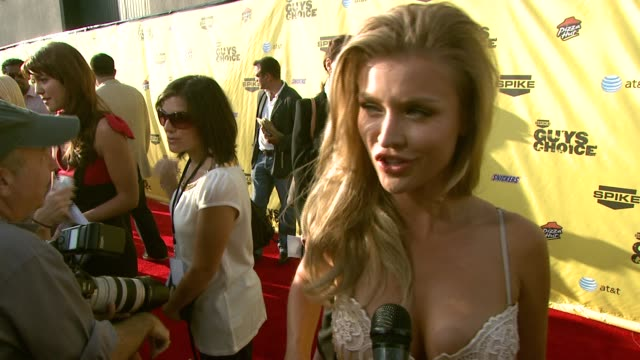 joanna krupa on her outfit why she wanted to attend and her male fan base at the spike tv's guys' choice awards at radford studios in los angeles... - spike guys choice awards video stock e b–roll