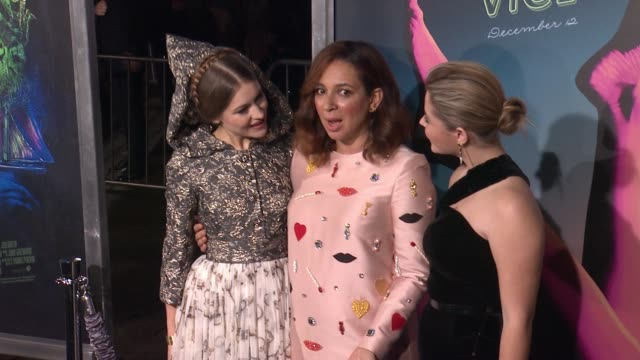 joanna newsom maya rudolph and sasha pieterse at the inherent vice los angeles premiere at tcl chinese theatre imax on december 10 2014 in hollywood... - kopfbedeckung stock-videos und b-roll-filmmaterial