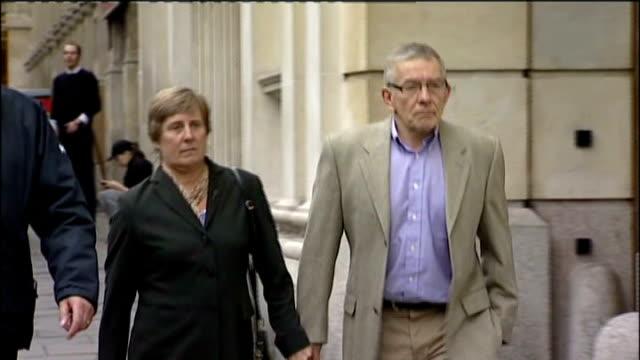 Vincent Tabak trial ENGLAND Bristol Bristol Crown Court EXT David Yeates and Teresa Yeates along towards court entrance