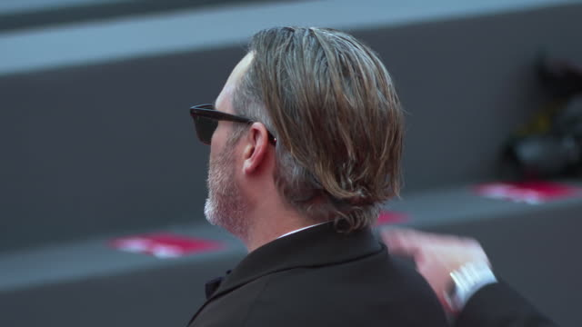 joaquin phoenix and todd phillips at closing ceremony red carpet 76th venice film festival on september 07 2019 in venice italy - 76th venice film festival 2019点の映像素材/bロール
