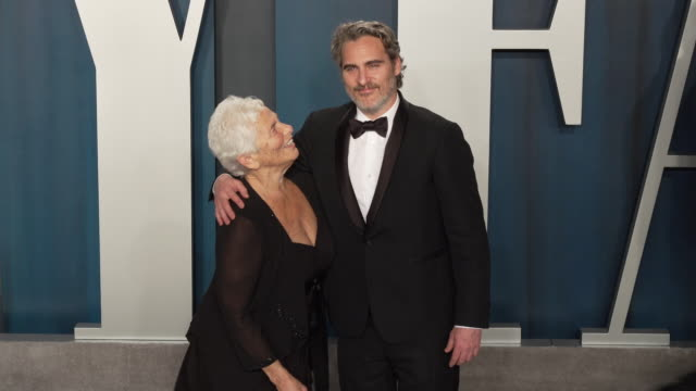 joaquin phoenix, arlyn phoenix at 2020 vanity fair oscar party hosted by radhika jones at wallis annenberg center for the performing arts on february... - oscar party stock videos & royalty-free footage