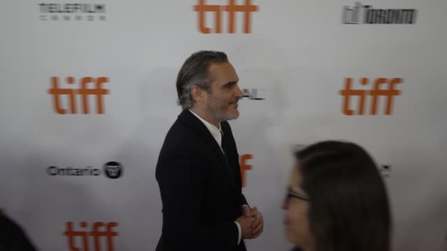 joaquin phoenix at roy thomson hall on september 09 2019 in toronto canada - filmfestival stock-videos und b-roll-filmmaterial