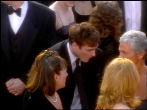 joaquin phoenix at the 2001 academy awards at the shrine auditorium in los angeles california on march 25 2001 - joaquin phoenix stock videos & royalty-free footage