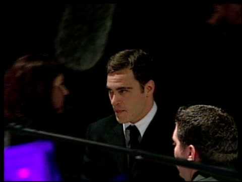 joaquin phoenix at the 2002 academy awards vanity fair party at morton's in west hollywood california on march 24 2002 - joaquin phoenix stock videos & royalty-free footage