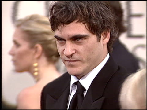 joaquin phoenix at the 2006 golden globe awards at the beverly hilton in beverly hills california on january 16 2006 - joaquin phoenix stock videos & royalty-free footage