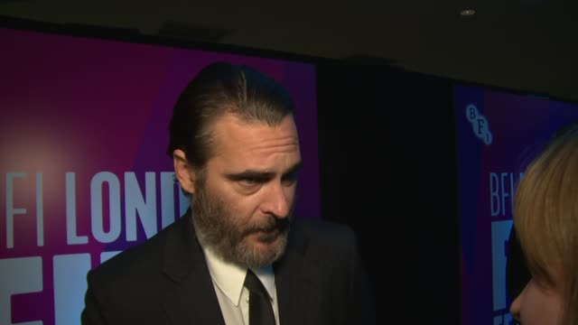 joaquin phoenix on lynne ramsay and filming at odeon leicester square on october 14 2017 in london england - joaquin phoenix stock videos & royalty-free footage