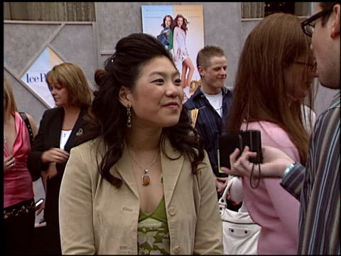 jocelyn lai at the 'ice princess' premiere at the el capitan theatre in hollywood, california on march 13, 2005. - フラワーアレンジメント点の映像素材/bロール