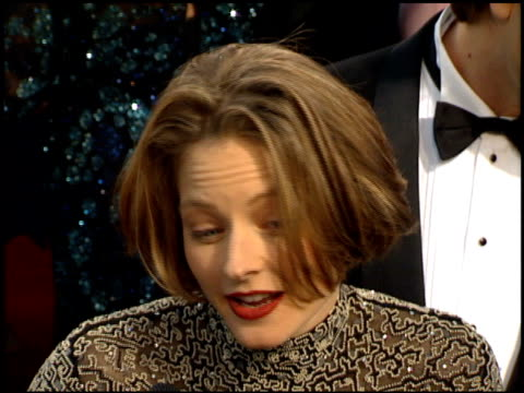 jodie foster at the 1995 academy awards arrivals at the shrine auditorium in los angeles california on march 27 1995 - 67th annual academy awards stock videos & royalty-free footage