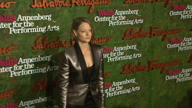 jodie foster at wallis annenberg center for the performing arts inaugural gala presented by salvatore ferragamo on 8/17/13 in los angeles, ca . - salvatore ferragamo stock videos & royalty-free footage