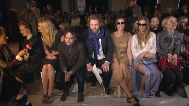 jodie kidd, jamie cullum, greg williams, yasmin le bon, amber le bon at temperley london a/w 2015 at riba on february 22, 2015 in london, england. - jamie cullum stock videos & royalty-free footage