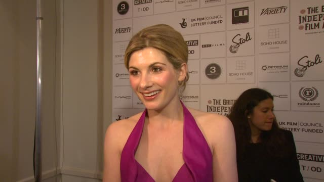jodie whittaker on her presenting an award for best supporting actor and being on the jury on how different the films are on the awards highlighting... - best supporting actor stock videos & royalty-free footage