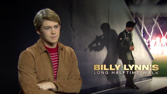 INTERVIEW Joe Alwyn on his American accent at 'Billy Lynn's Long Halftime Walk' Interviews on January 19 2017 in London England