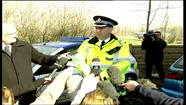 body found police investigations continue england greater manchester bury ext chief supt peter schofield speaking to press sot following events of... - t in the park stock-videos und b-roll-filmmaterial