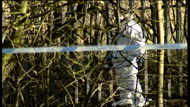 body found police investigations continue england greater manchester bury forensics officers at cordonnedoff site where body found in whitehead park... - t in the park stock-videos und b-roll-filmmaterial