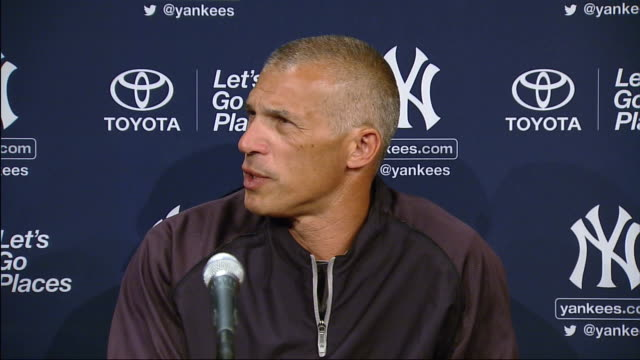joe girardi says that he is not here to judge people, in reference to a question regarding steroid users. - スポーツの判定員点の映像素材/bロール