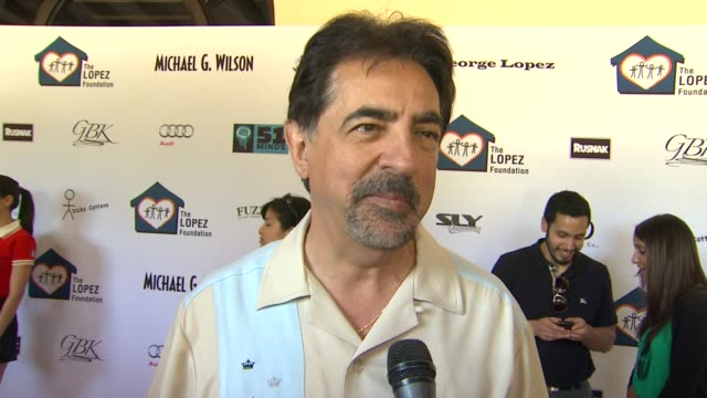 Joe Mantegna on today's event on if he's been practicing for today's round and on what he'll bring to his team at the 4th Annual George Lopez...