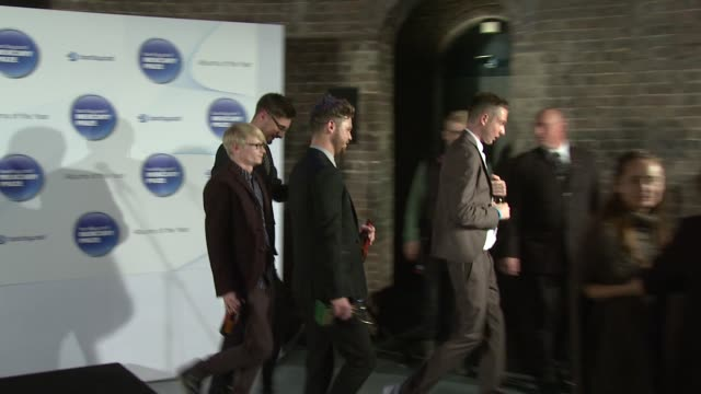 joe newman, gwil sainsbury, thom green, gus unger-hamilton of alt j at barclaycard mercury music prize 2012 at the roundhouse on november 01, 2012 in... - mercury music prize stock-videos und b-roll-filmmaterial