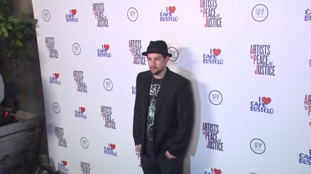 Joel Madden at the Olivia Wilde Hosts 'Artists For Haiti' Benefit at Santa Monica CA