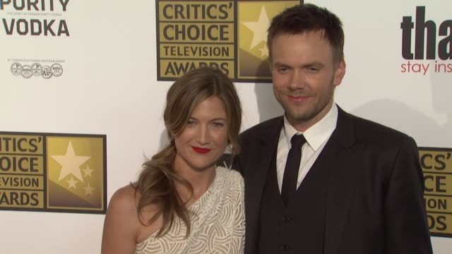 joel mchale at 2012 critics' choice television awards joel mchale at 2012 critics' choice television at the beverly hilton hotel on june 18, 2012 in... - the beverly hilton hotel点の映像素材/bロール