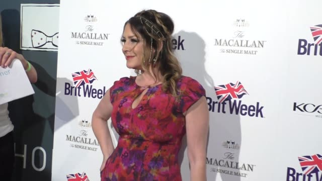 vídeos de stock e filmes b-roll de joely fisher at the britweek 10th anniversary red carpet celebration of 'murder lust and madness' at the wallis annenberg center for the performing... - joely fisher