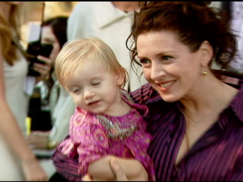 joely fisher at the james perse opens flagship boutique at james perse boutique in beverly hills california on september 27 2007 - joely fisher stock videos and b-roll footage