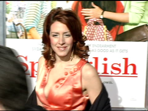 joely fisher at the 'spanglish' premiere at the mann village theatre in westwood california on december 9 2004 - spanglish stock videos & royalty-free footage