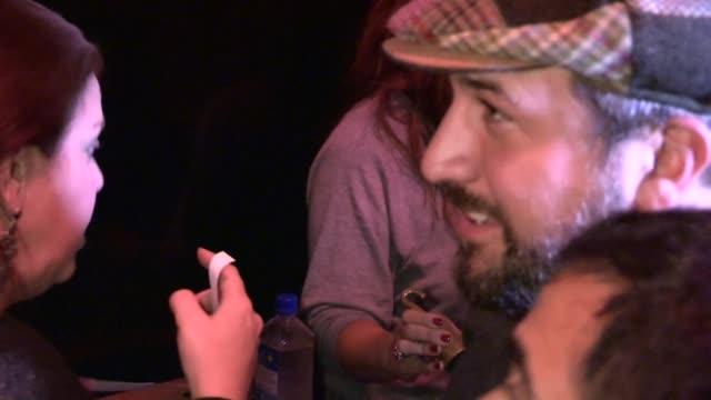 vídeos de stock e filmes b-roll de joey fatone arrives at bootsy bellows in west hollywood 08/09/13 - joey fatone