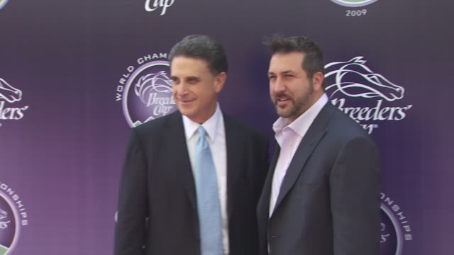 vídeos de stock e filmes b-roll de joey fatone at the breeders' cup world thoroughbred championships at arcadia ca. - joey fatone