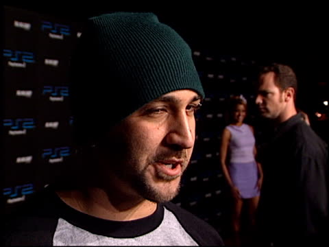 vídeos de stock e filmes b-roll de joey fatone at the playstation 2 grammy awards party at pacific design center in west hollywood, california on february 25, 2002. - joey fatone