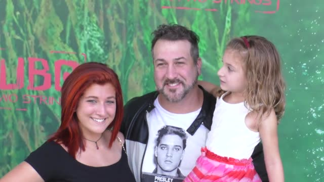 vídeos de stock e filmes b-roll de joey fatone at the premiere of focus features' kubo and the two strings at amc universal city walk in universal city in celebrity sightings in los... - joey fatone