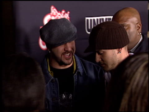 vídeos de stock e filmes b-roll de joey fatone at the teen people awards at the ivar in hollywood, california on january 13, 2003. - joey fatone