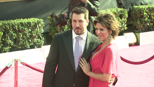 Joey Fatone Lisa Rinna at the 15th Annual Screen Actors Guild Awards at Los Angeles CA