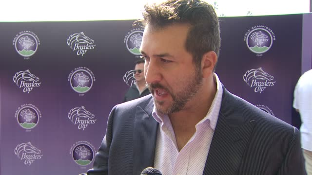 vídeos de stock e filmes b-roll de joey fatone on how he discovered horse racing, supporting the espn v foundation, what projects he's working on at the breeders' cup world... - joey fatone