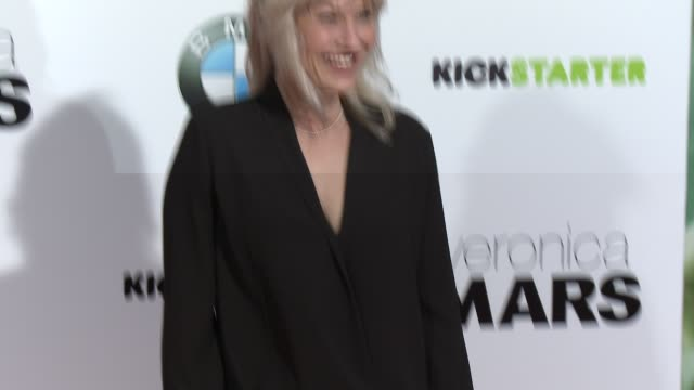 vídeos de stock, filmes e b-roll de joey lauren adams at veronica mars los angeles premiere at tcl chinese theatre on march 12 2014 in hollywood california - tcl chinese theatre