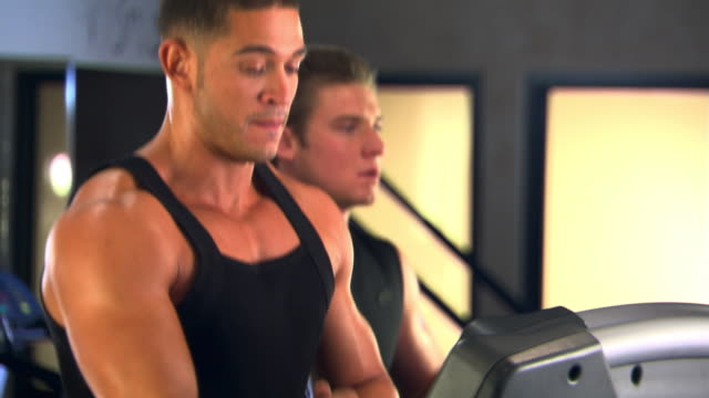 jogging on treadmills - self discipline stock videos & royalty-free footage