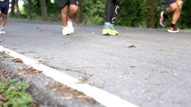 jogging - joggerin stock-videos und b-roll-filmmaterial