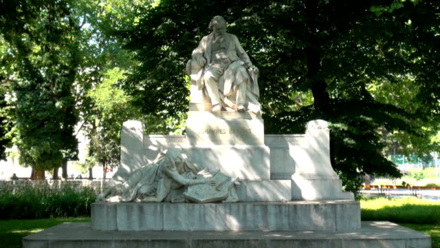 johannes brahms memorial in vienna - composer stock videos & royalty-free footage