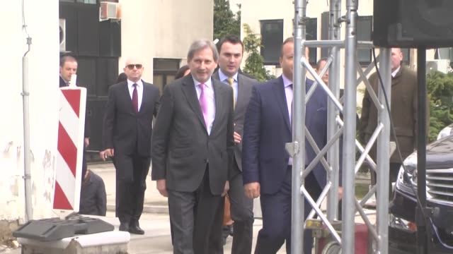 johannes hahn commissioner for european neighbourhood policy and enlargement negotiations meets macedonian president gjorge ivanov in skopje... - コミッショナー点の映像素材/bロール