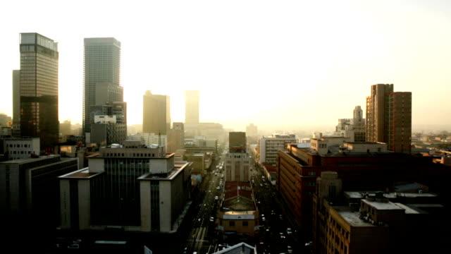 vídeos de stock e filmes b-roll de joanesburgo horizonte 01 - joanesburgo