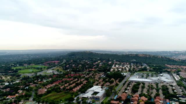 stockvideo's en b-roll-footage met johannesburg/ south africa - gauteng provincie