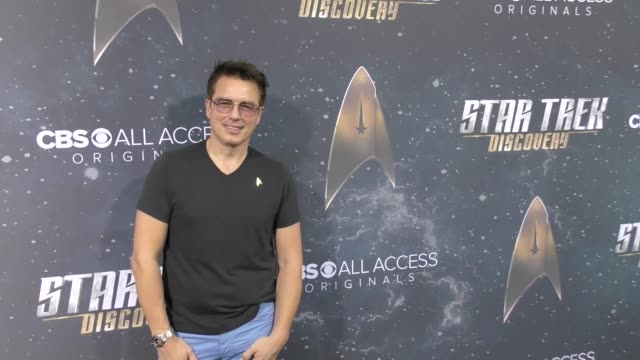 john barrowman at the premiere of cbs's 'star trek discovery' on september 19 2017 in los angeles california - john barrowman stock videos and b-roll footage