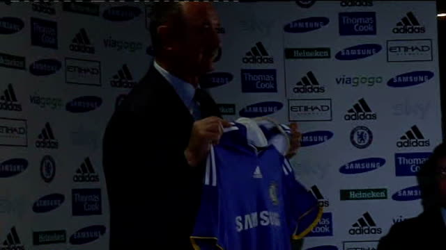 cobham photography *** luiz felipe scolari holding up chelsea fc shirt as posing for photocall ends - cobham surrey stock videos and b-roll footage