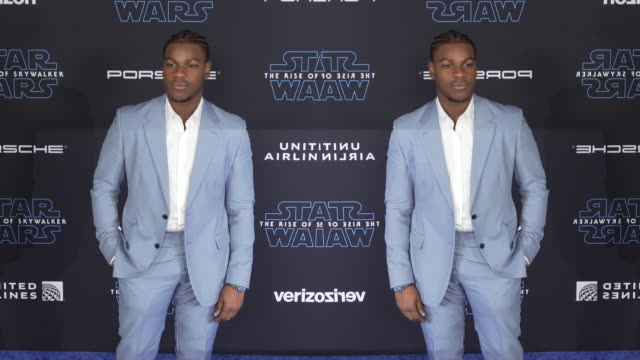 john boyega at the premiere of disney's star wars the rise of skywalker - premiere stock-videos und b-roll-filmmaterial