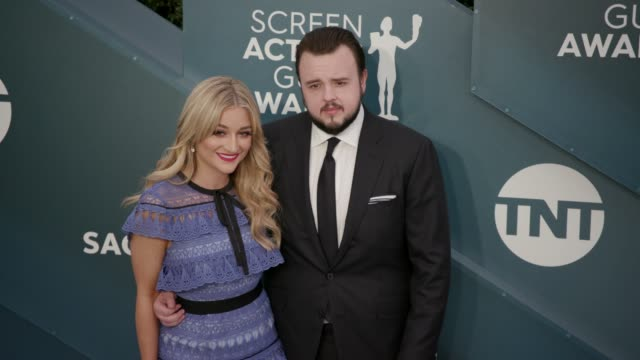 john bradley and rebecca april may at the 26th annual screen actors guild awards - arrivals at the shrine auditorium on january 19, 2020 in los... - screen actors guild awards stock-videos und b-roll-filmmaterial