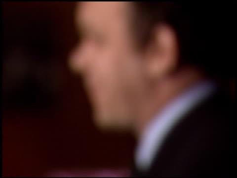 john c reilly at the 'gangs of new york' premiere at dga in los angeles, california on december 17, 2002. - ギャング・オブ・ニューヨーク点の映像素材/bロール