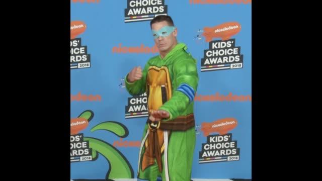 stockvideo's en b-roll-footage met john cena at the nickelodeon's 2018 kids' choice awards - nickelodeon kids' choice awards