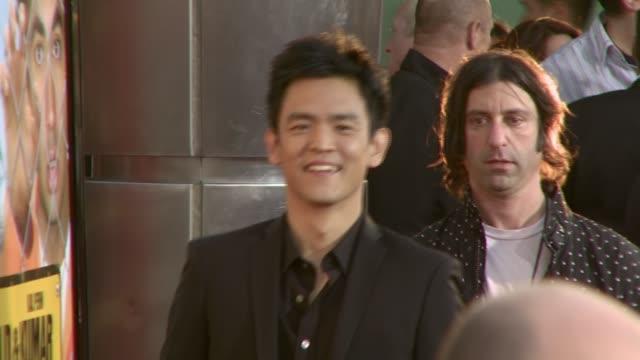 john cho at the 'harold and kumar escape from guantanamo bay' premiere at arclight cinemas in hollywood california on april 18 2008 - arclight cinemas hollywood 個影片檔及 b 捲影像