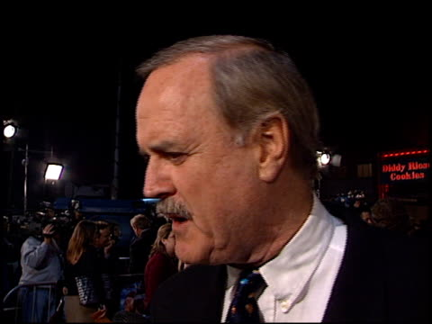 john cleese at the 'harry potter' premiere on november 14 2001 - potter stock videos & royalty-free footage