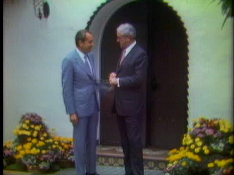 john connally and president richard nixon say goodbye after a meeting - john connally stock videos & royalty-free footage